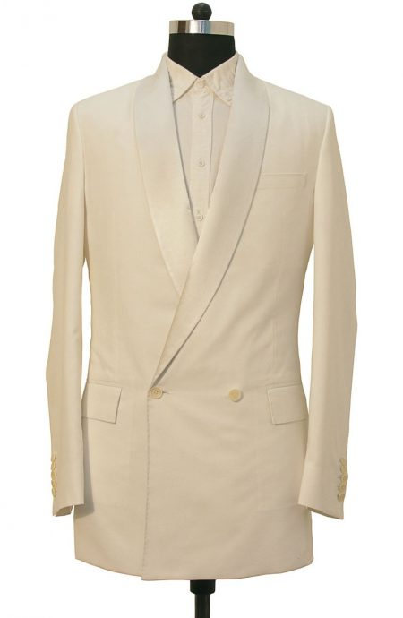 11th Doctor Who white pool party tuxedo jacket in double-breasted closure.