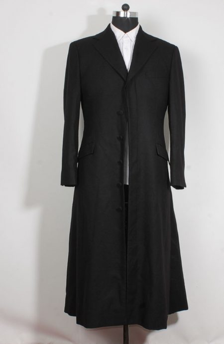 Keanu Reeves black trench coat from the Matrix 3.