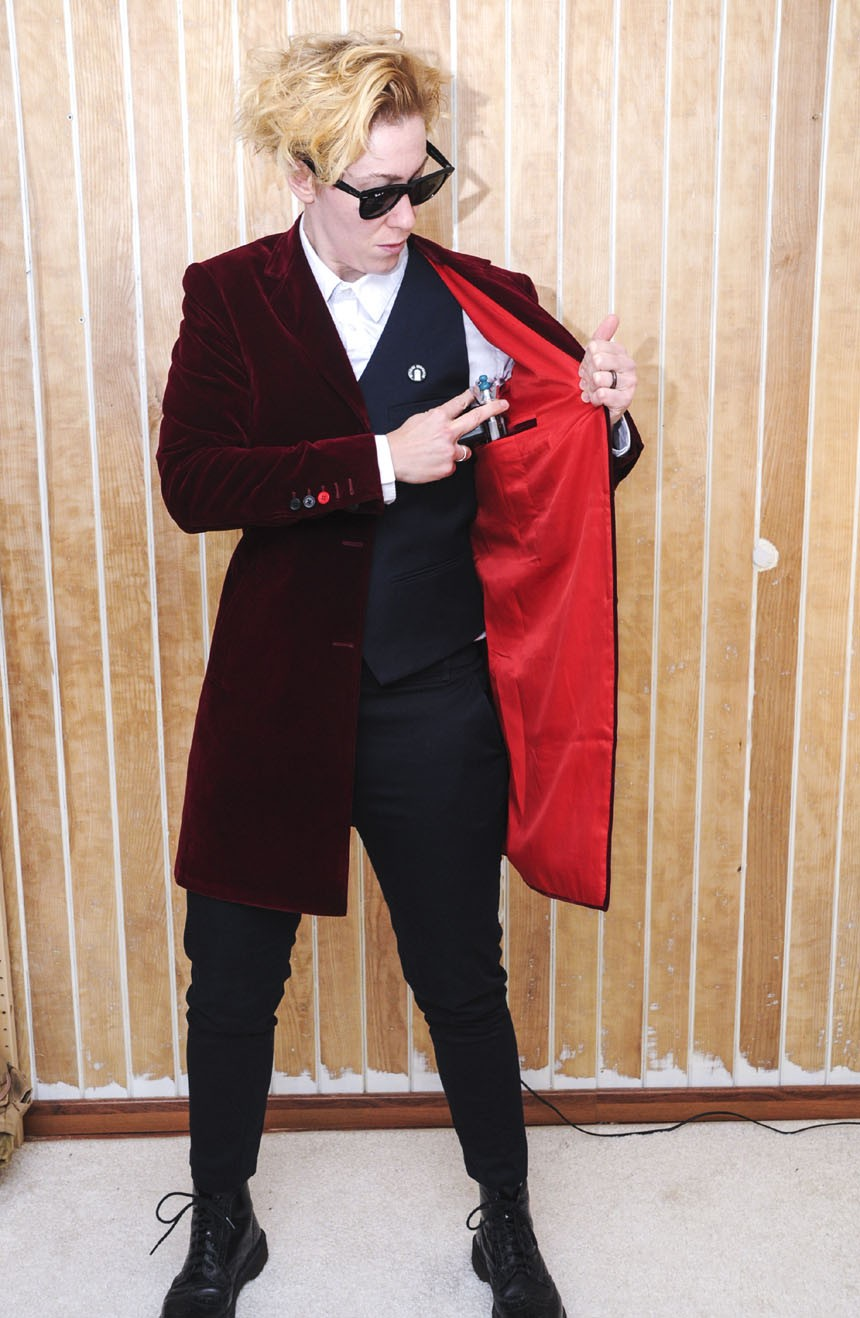 Womens burgundy velvet coat replica from the 12th Doctor Who lining view.