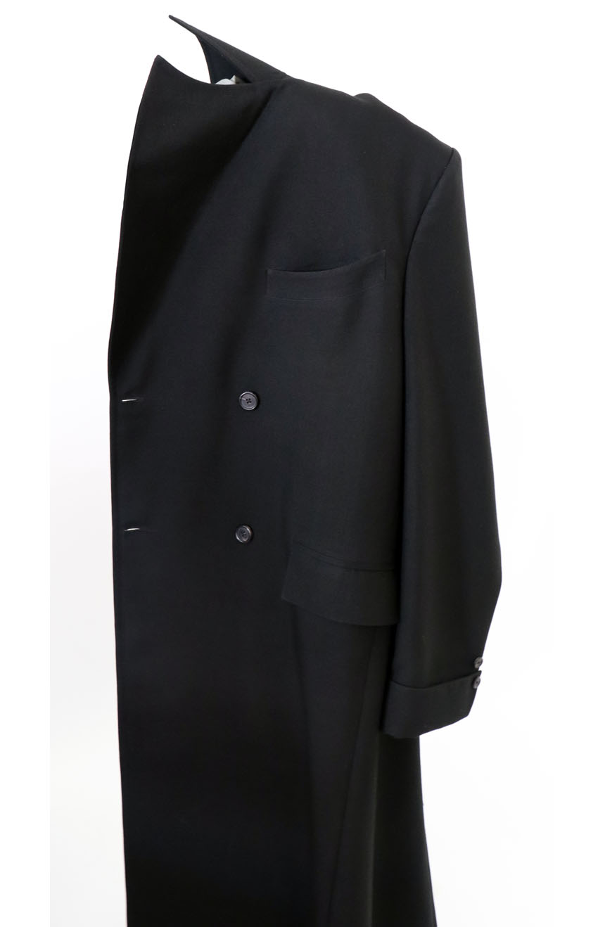 100% screen accurate shadow coat costume replica from the 1994 film The Shadow starring Alec Baldwin. Chest welt pocket view.