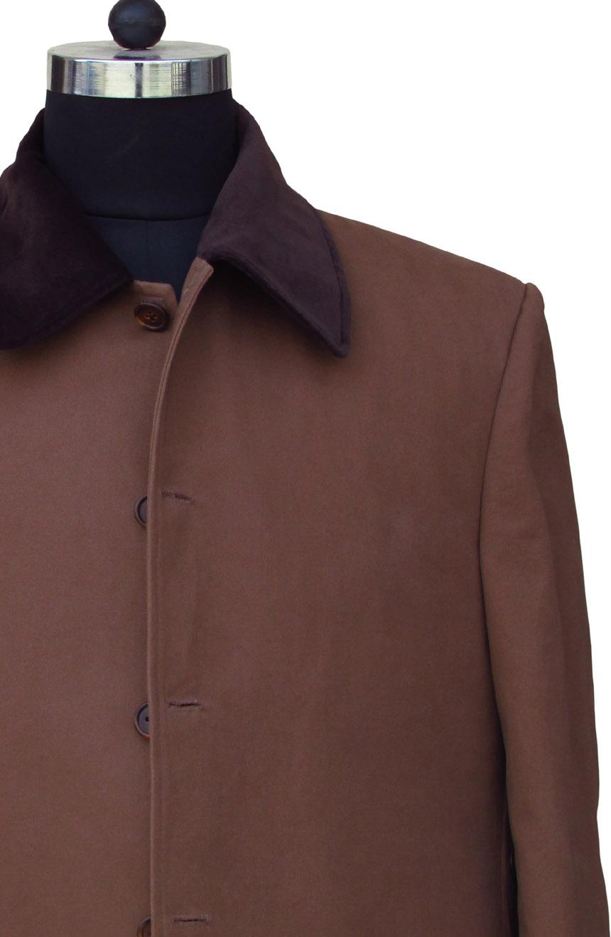 Allan Quatermain long coat replica from League of Extraordinary Gentlemen. A velvet collar view.