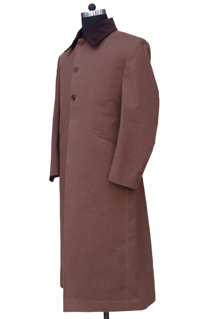 Allan Quatermain long coat replica from League of Extraordinary Gentlemen. A full side view.
