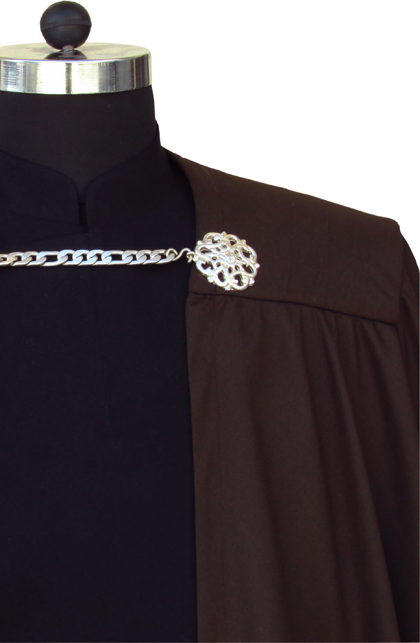 Count Dooku cape from Star Wars has metallic brooches with chain fastening.