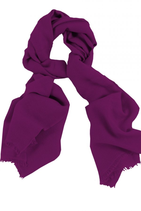 Mens 100% cashmere scarf in plum, single-ply with 1-inch eyelash fringe.