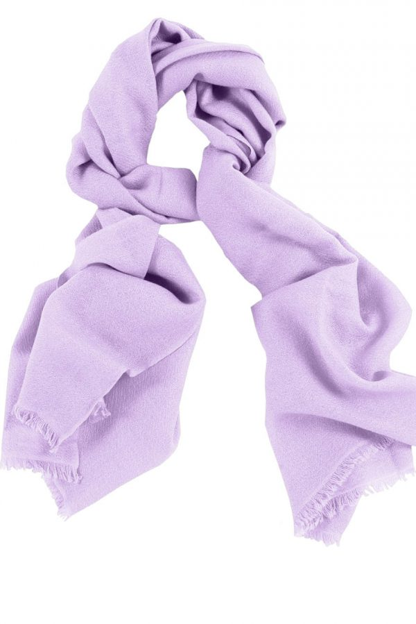 Mens 100% cashmere scarf in lilac, single-ply with 1-inch eyelash fringe.