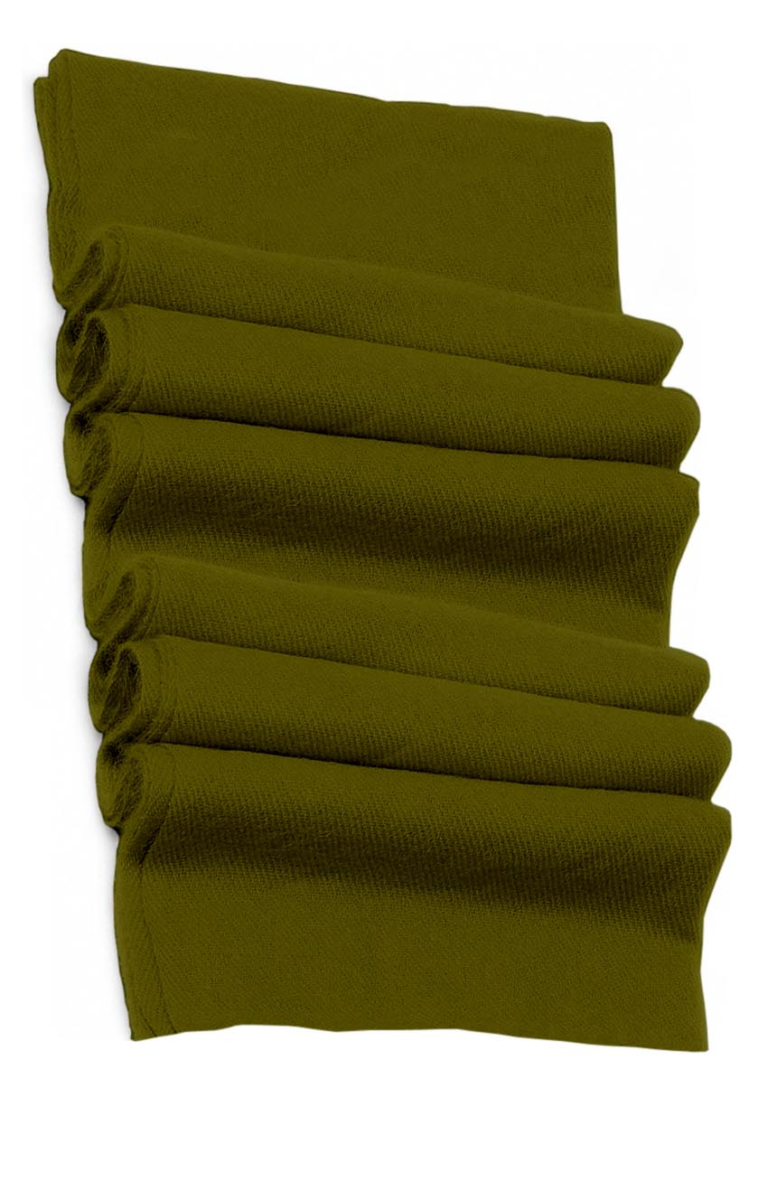 Pure cashmere blanket for baby in Costa del Sol green color tone and super soft promotes the best sleep.