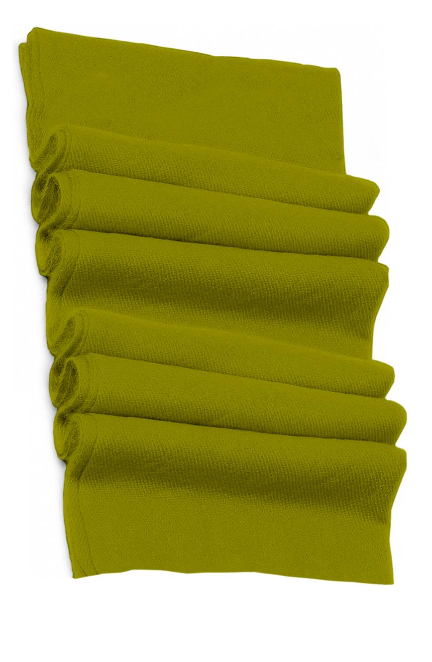 Pure cashmere blanket for baby in pistachio color super soft promotes the best sleep.