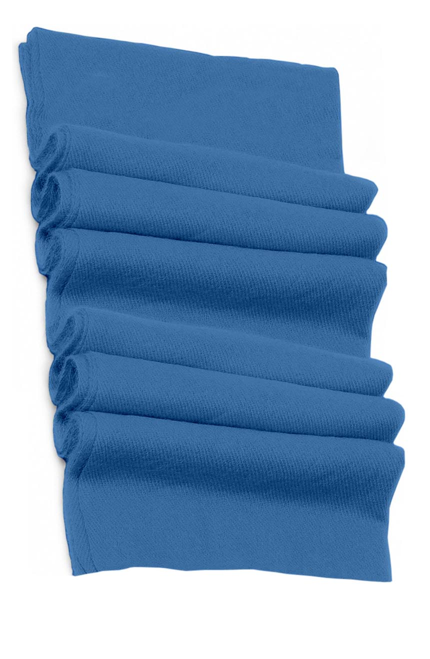 Pure cashmere blanket for baby in blue super soft promotes the best sleep.