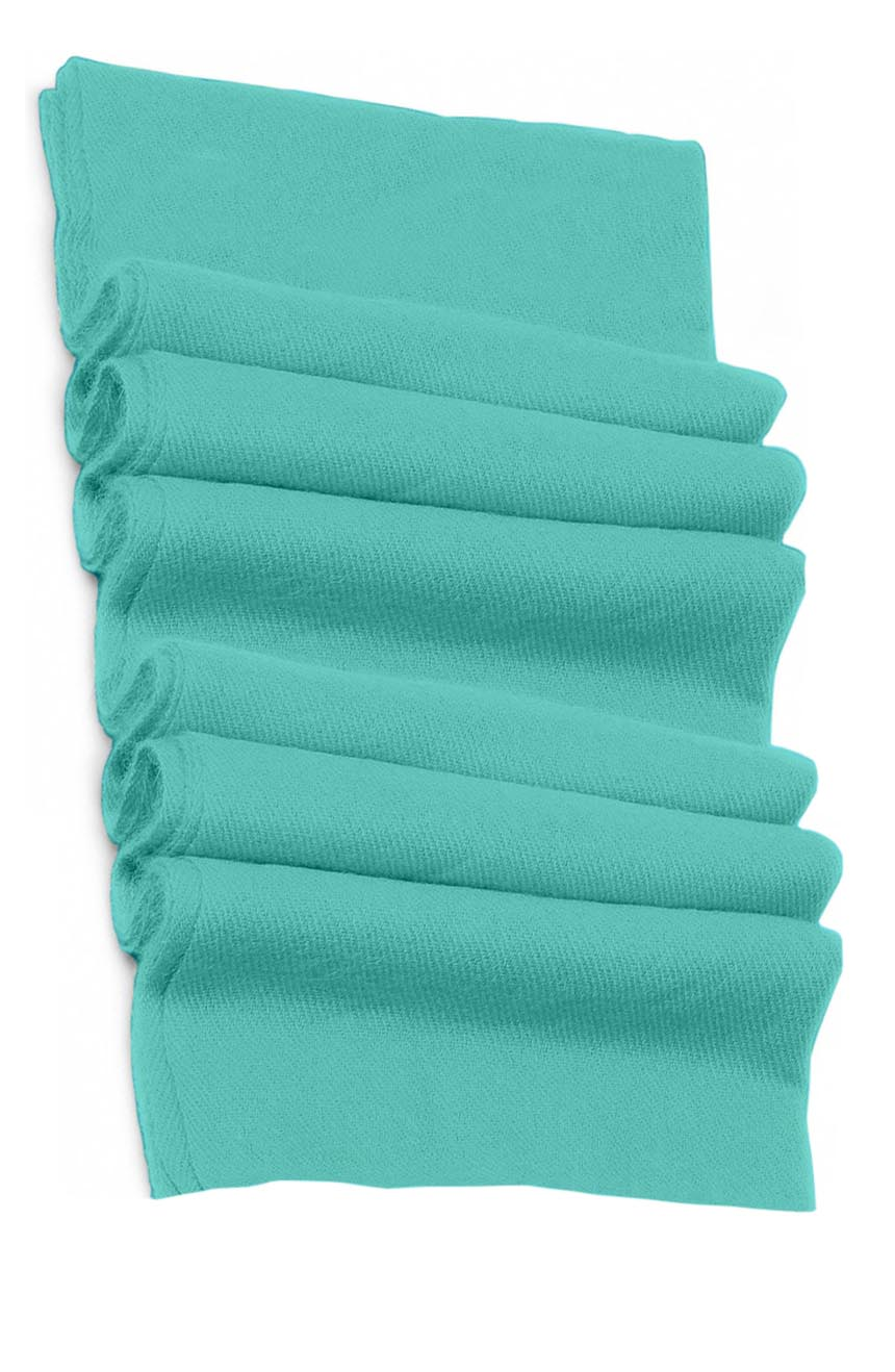 Pure cashmere blanket for baby in Celeste blue color super soft promotes the best sleep.