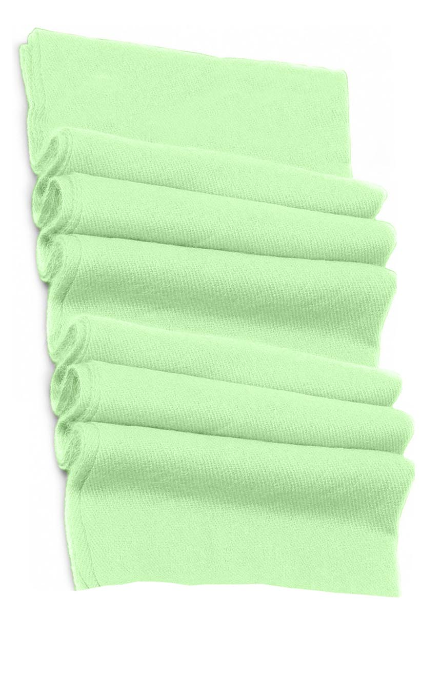 Pure cashmere blanket for baby in pastel green super soft promotes the best sleep.
