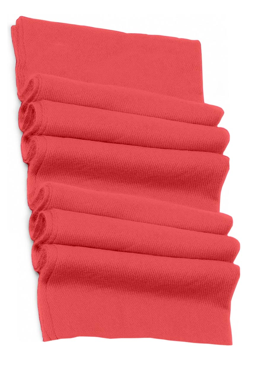Pure cashmere blanket for baby in fuchsia super soft promotes the best sleep.